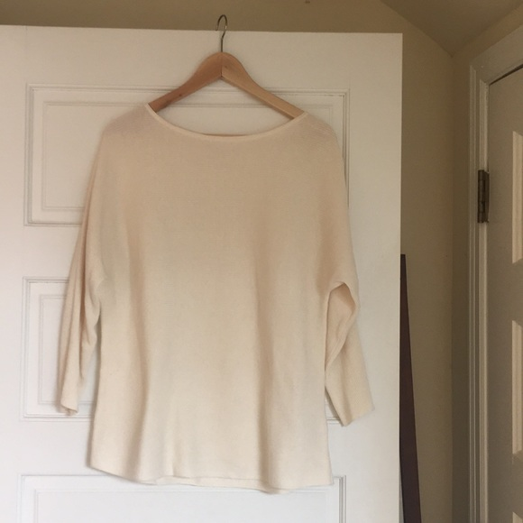 H&M Sweaters - H&M Cream Pullover Sweater